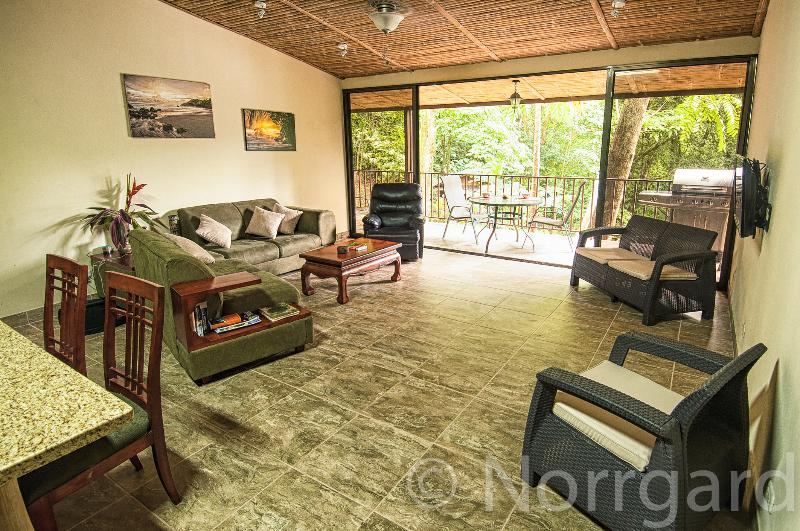 Living area with access to terrace - Bali inspired Casa Cascadas - Manuel Antonio - rentals