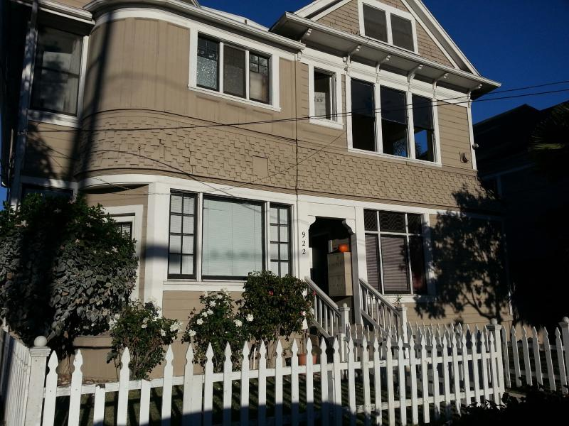 Beautiful Victorian Downtown Studio - Image 1 - Santa Barbara - rentals