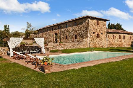 La Corte di Campalli on 750 acre estate with pool, private courtyard & garden - Image 1 - Chianti - rentals