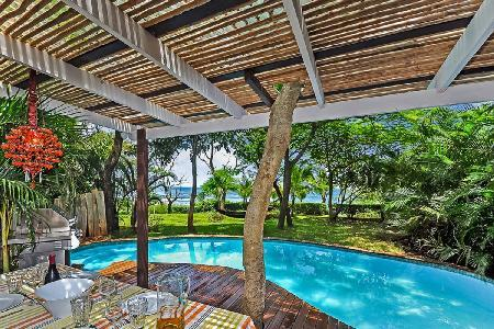 Charming oceanfront Villa Oceanis with pool, daily housekeeping & short walk to Playa Blanca beach - Image 1 - Guanacaste - rentals