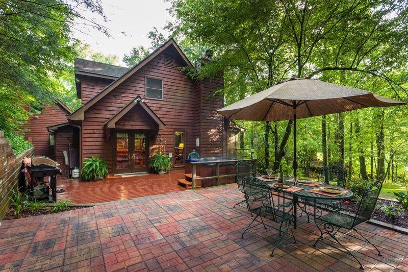 Buddy's Bungalow - Magical Creek Side Cabin! - Image 1 - Ellijay - rentals