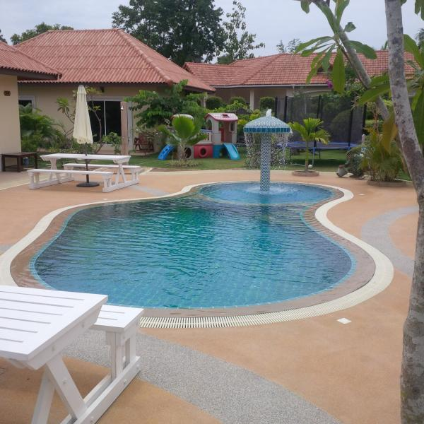 Pattaya - Mabprachan Resort with Pool - 5 bedroom - Image 1 - Pattaya - rentals