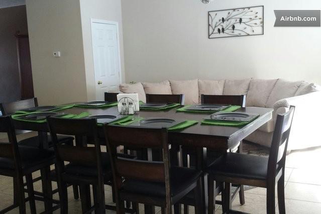 """Brownsboro Nest""  Duplex (2 units -20 Guests) - Image 1 - Louisville - rentals"