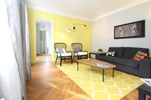 Living room - Stylish 2 Bedroom at Le Saint Michel in Paris - Paris - rentals