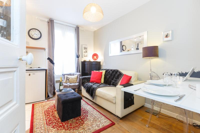 Welcome to French Kiss - French Kiss - Cozy One-Bedroom in Montmartre - Paris - rentals