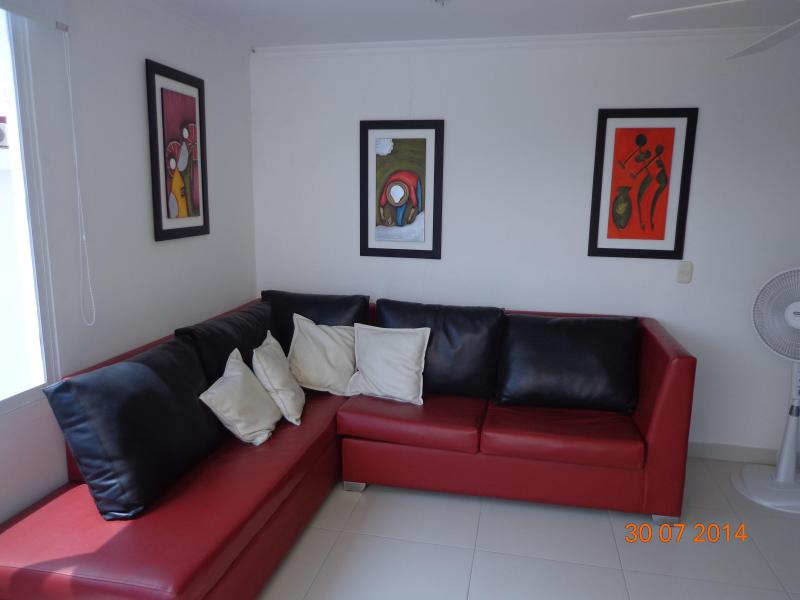 Living room - 1BR Apartment by the sea in Cartagena, Colombia - Cartagena - rentals