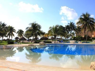 Pool - Beach Front Condo Villa del Mar, Puerto Aventuras - Cancun - rentals