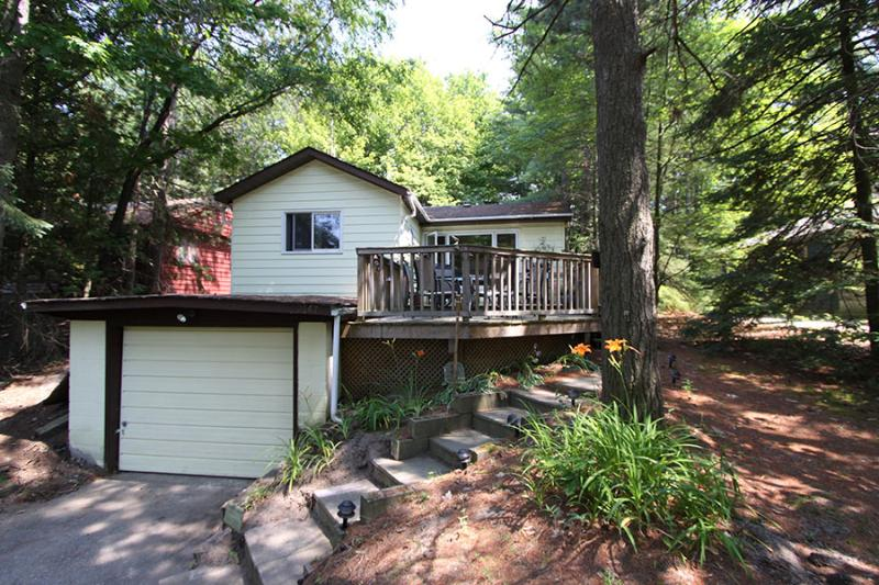 Nestled in the Pines cottage (#897) - Image 1 - Tiny - rentals