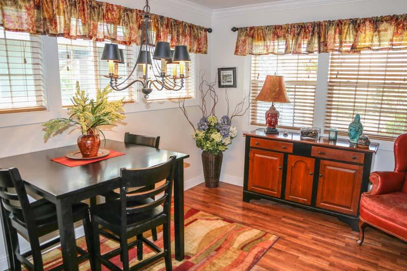 The Beach Town Cottage | Downtown location - Image 1 - Coeur d'Alene - rentals
