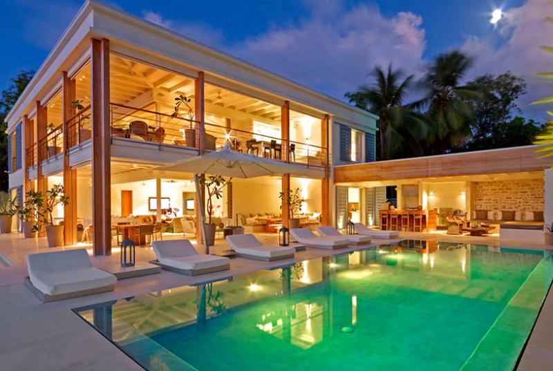 SPECIAL OFFER Barbados Villa 61 Mixes Cutting-edge Design With Caribbean Chic, And Offers An Opportunity To Indulge In Island Living At Its Finest. - Image 1 - The Garden - rentals