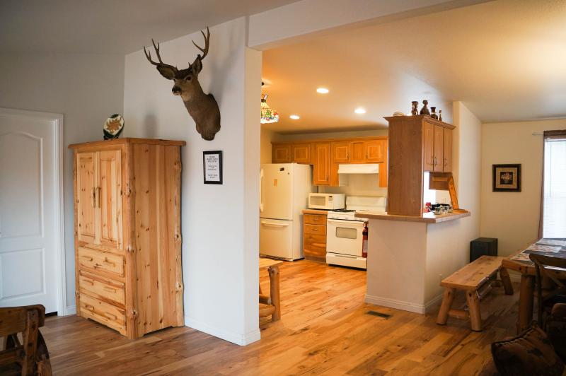 Entrance to the kitchen and dining area - Country Club Chalet, Big Bear City - Big Bear City - rentals