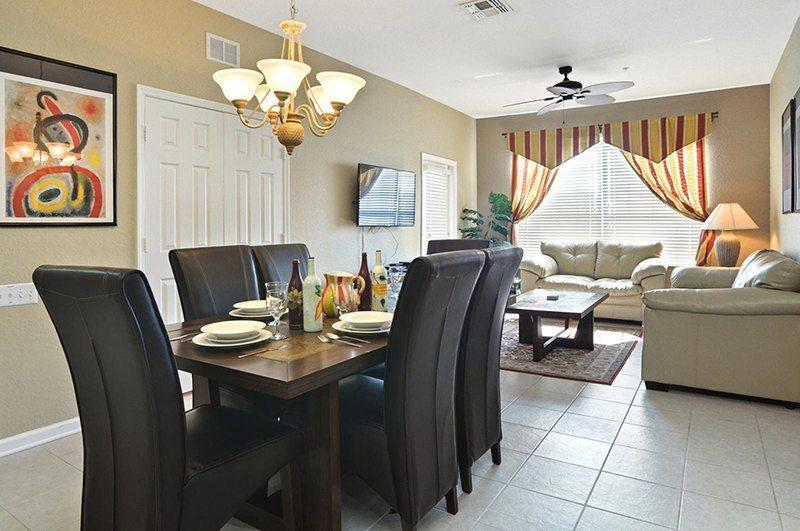 Enjoy this large 1,408 sq ft Windsor Hills condo offering a great resort location  - MVH052 Windsor Wonder -3 Bed Condo Good Location - Kissimmee - rentals