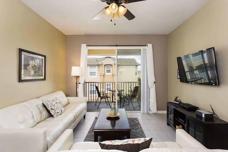Magical Times | Top Floor Condo, Located in Bldg 5 Close to Clubhouse with Modern Living Room & Flat Screen TV - Image 1 - Orlando - rentals