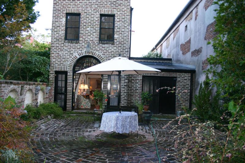 Your private entrance to the Suite off the garden  - Experience Charleston as if you lived here - Charleston - rentals