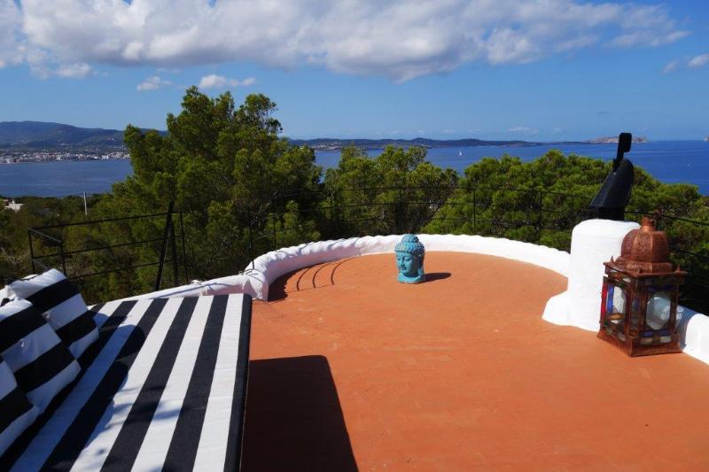 Roof Terrace Veiws across San Antonio Bay the islands off Ibiza and its famous sunsets - COASTLINE CHALET with POOL - Islands Sea Sunset Views near San Antonio - Sant Antoni de Portmany - rentals