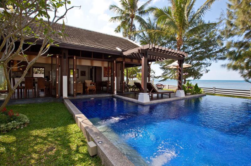 Pool villa with terrace - Beachfront Villa, Private Pool, 4BR (Sleeps 5+4) - Mae Nam - rentals