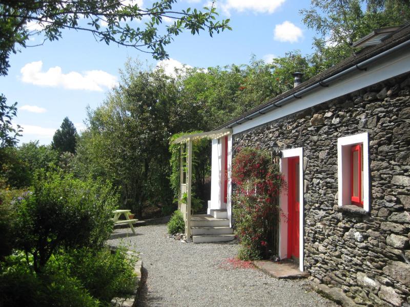 Four Directions Cottage - Four Directions Cottage - unique/woodburning stove - Castletownbere - rentals