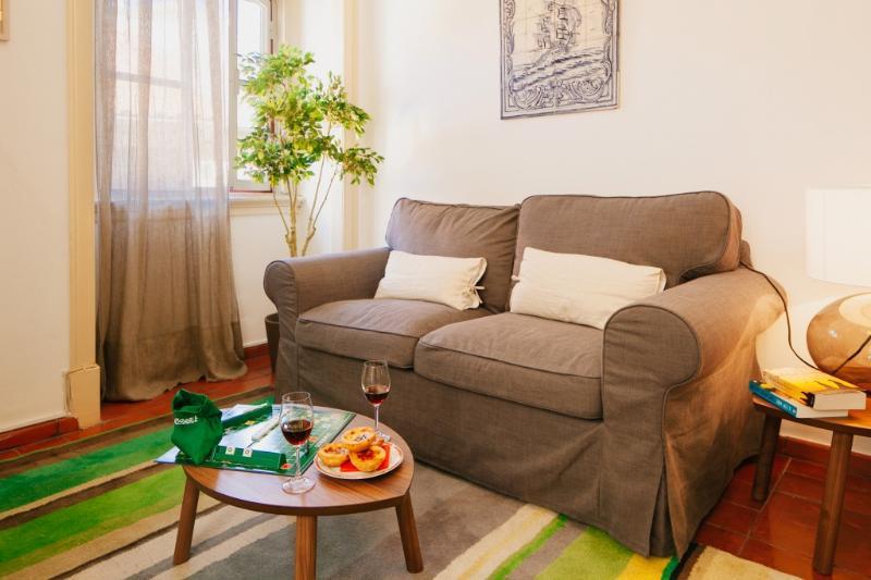 Apartment in Lisbon 262 - Alfama - managed by travelingtolisbon - Image 1 - Lisbon - rentals