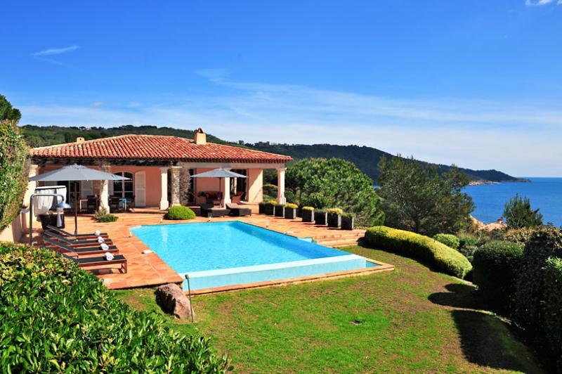 La Reserve - Villa 4, Sleeps 8 - Image 1 - Ramatuelle - rentals