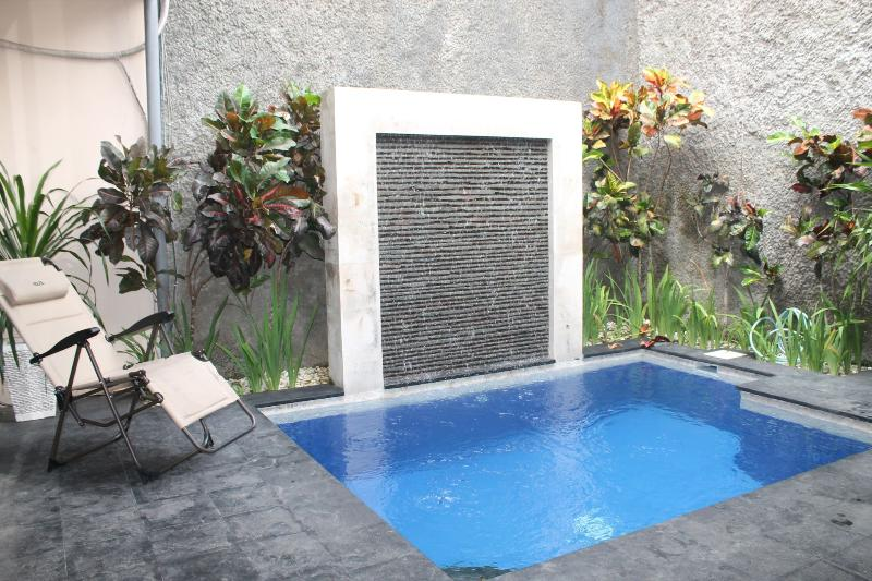 KUTA-Villa JEPUN inc breakfast 5 BED 3 BATH - Image 1 - Kuta - rentals