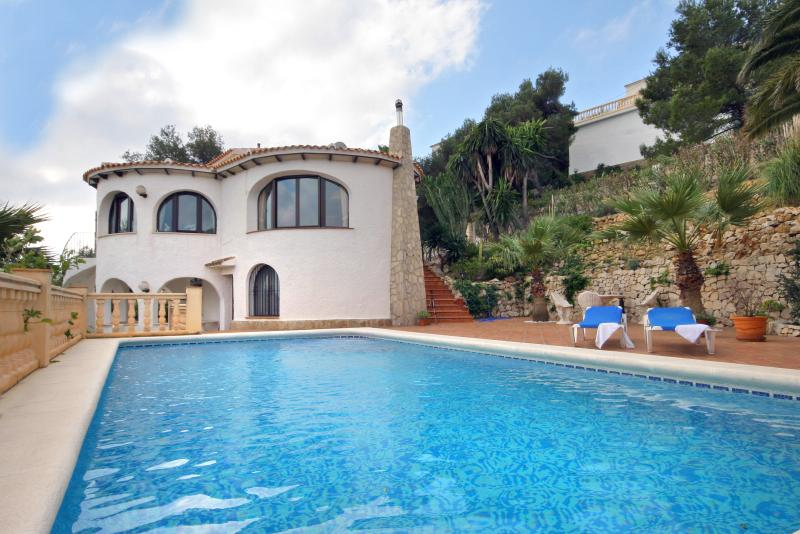 Vibrant Villa Near Javea with Magnificent Panoramic Views - Casa Aguirre - Image 1 - Javea - rentals