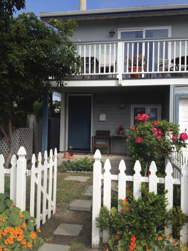 Perfect Pierpont Beach house-Ocean view/steps sand - Image 1 - Ventura - rentals