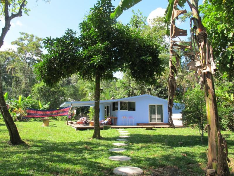 Casa del Mar - Cocles Beach - Beach Front property Cocles Beach - Puerto Viejo de Talamanca - rentals
