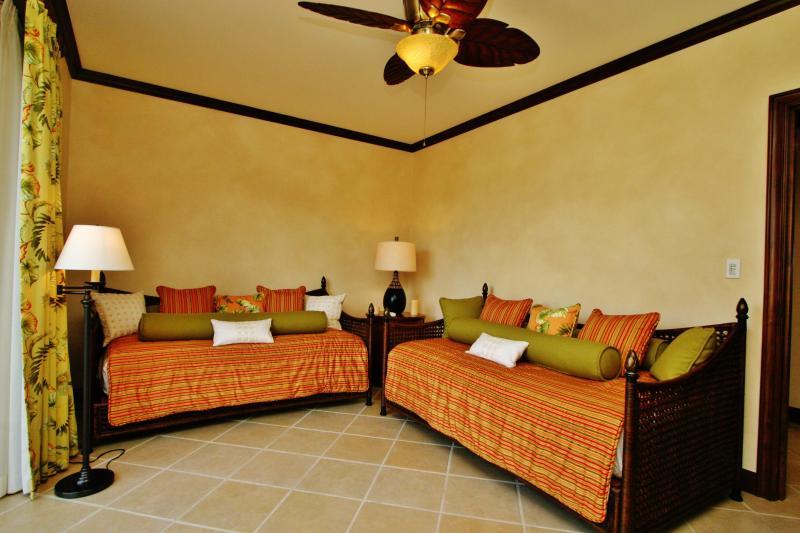 Bay Residence 10D, Los Sueños Resort - Image 1 - Herradura - rentals