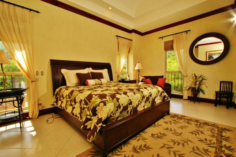 Bella Vista 2B, Los Sueños Resort - Image 1 - Herradura - rentals