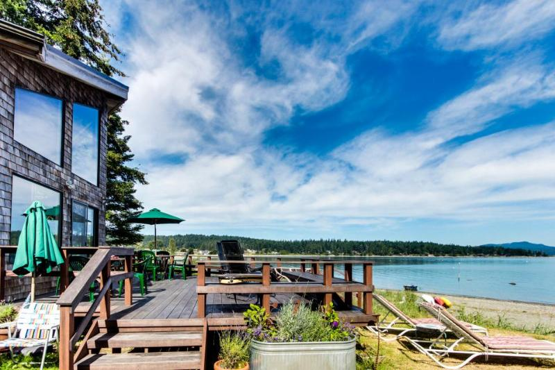 Beach-side home w/ mooring, large deck, & views of Puget Sound! - Image 1 - Lopez Island - rentals