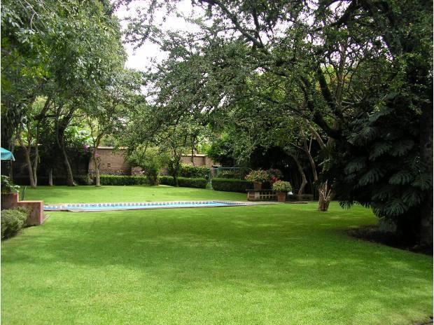 Jardín con alberca - Hermosa casa centrica con alberca en Malinalco - Malinalco - rentals