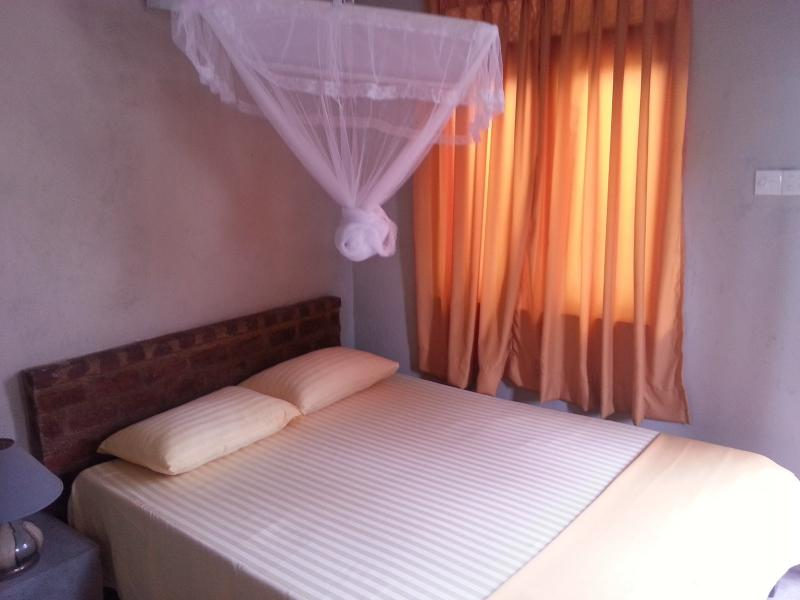 Double Bed - Sedevo Chalets - Room Only - Kandy - rentals