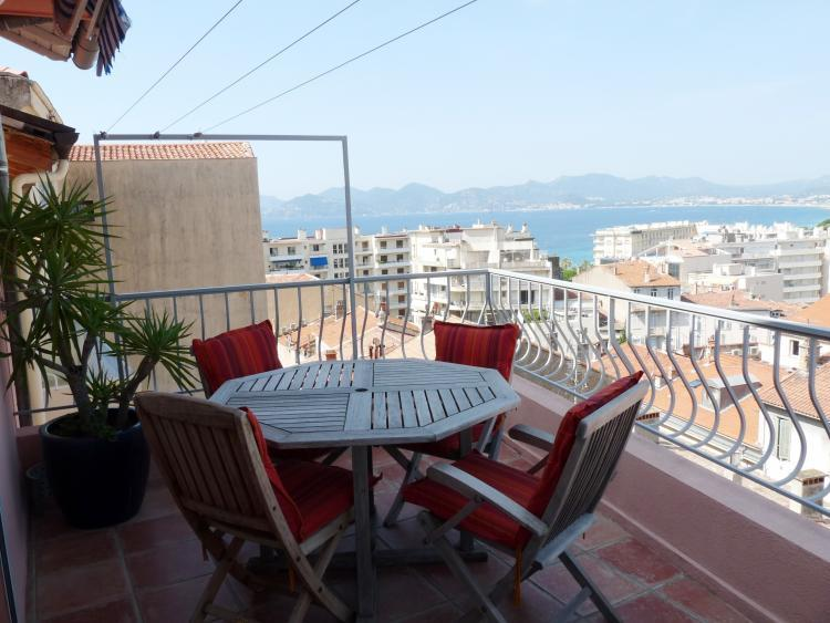 Perrisol View, Cannes Vacation Home with a Terrace - Image 1 - Cannes - rentals