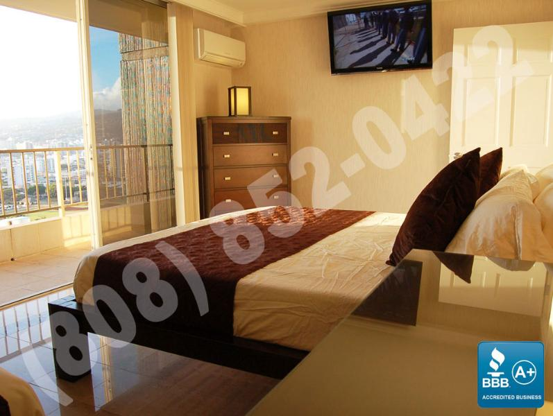 Premium 3 bedroom OV at Royal Garden. - Image 1 - Waikiki - rentals