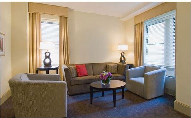 Central Park High Rise 1-Bedroom Deluxe Suite (4664) - Image 1 - New York City - rentals