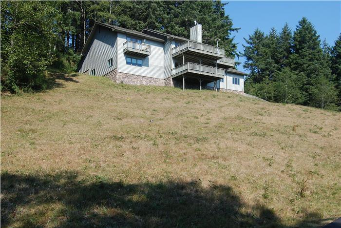 Exterior View of Home - Ocean Villa - Cannon Beach - rentals