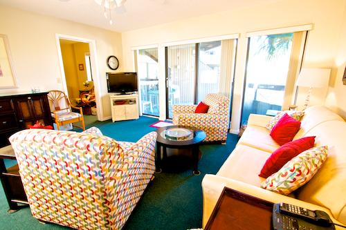 Hibiscus Resort - H202, Pool View, 2BR/2BTH, 3 Pools, Wifi - Image 1 - Saint Augustine - rentals