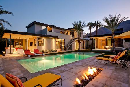 Enjoy Breathtaking Architecture and Views from the Stunning Kir Royale Villa - Image 1 - Palm Springs - rentals