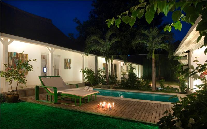 """Villa & Pool overview - Semeton, Luxury 3 Bedroom Villa, """"Eat Street"""" Seminyak - Seminyak - rentals"""
