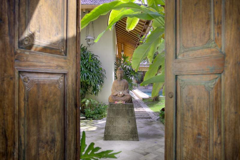 Villa Kampung Kecil 3-bedroom villa in Seminyak - Image 1 - Seminyak - rentals