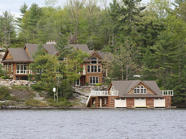 Majestic lakefront Home & Boathouse on Historic Lake Muskoka - Luxury Rental Home On Lake Muskoka - Gravenhurst - rentals