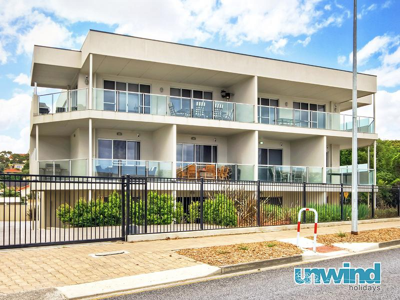 Unwind @ 6 at The Block Apartments Penthouse - Image 1 - Victor Harbor - rentals