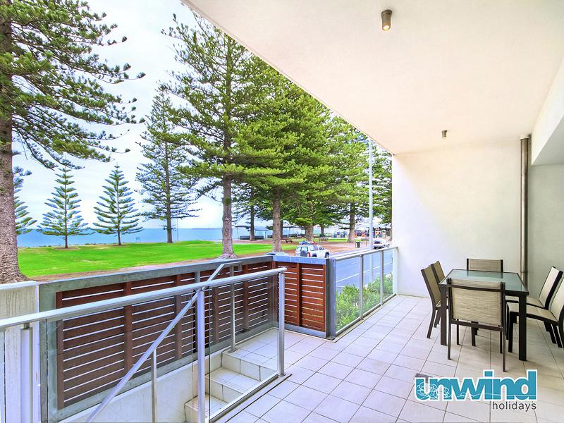 Unwind @ 9 Breeze Victor Harbor - Image 1 - Victor Harbor - rentals