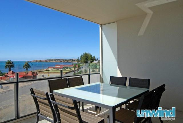 Unwind @ 402 The Frontage Penthouse - Image 1 - Victor Harbor - rentals