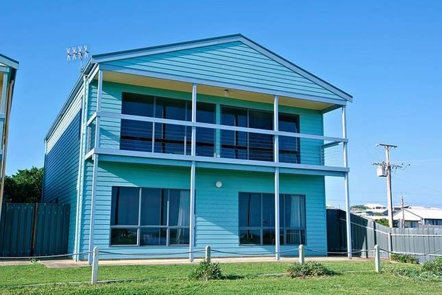 Unwind @ The Beachfront House Middleton - Image 1 - Middleton - rentals