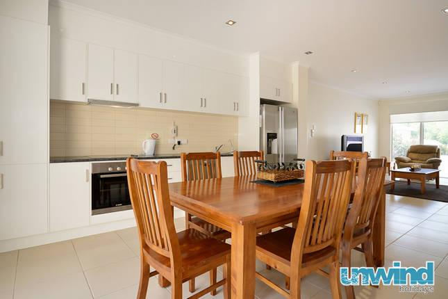 Unwind @ 7 at The Block Apartments - Image 1 - Victor Harbor - rentals