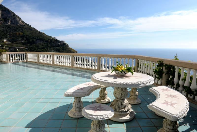 An Amalfi Haven for a Small Group, Fab Views, Pool - Image 1 - Amalfi - rentals