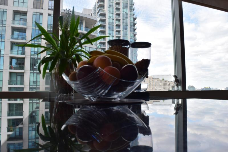 Welcome to Toronto. - Save $$$ - Harbourfront 2bd / 2bth - Toronto - rentals