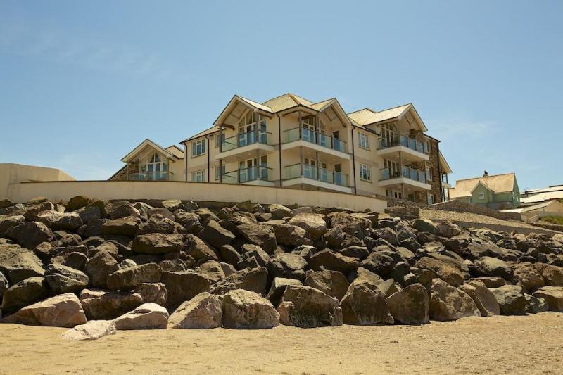 2 Thurlestone Apt. Web Versions 6 - 11 Thurlestone Rock - Hope Cove - rentals