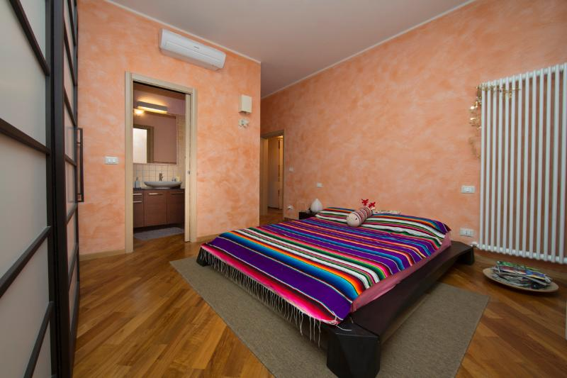 Welcome to FICODINDIA, your ideal rental in Bologna! - FICODINDIA - Cozy, Quiet, Parking, WiFi, AC. - Bologna - rentals
